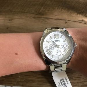 Fossil Accessories - BNWT Fossil silver Cecile Watch!